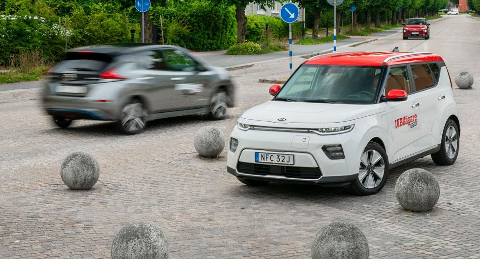 """Nya Kia e-Soul och Nissan Leaf finns bara med elmotor. Hyundai Kona finns även med """"fossildrift""""."""