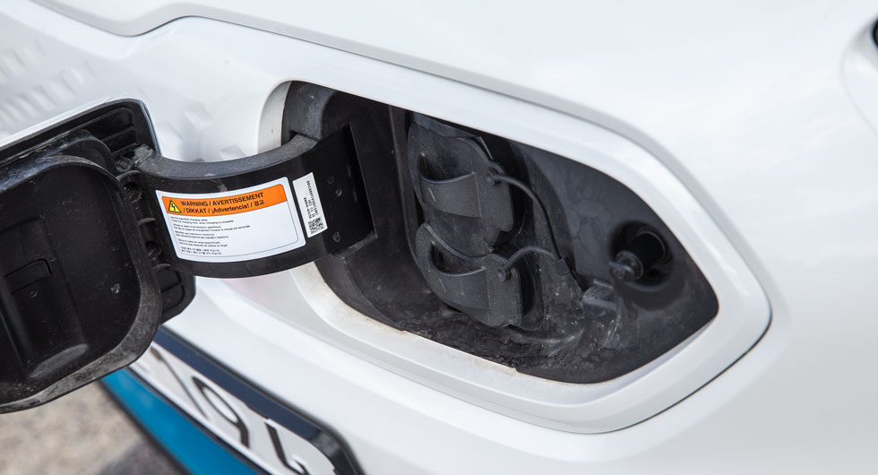 E-Niro har en avskalad och tydlig instrumentering framför ratten. Återstående räckvidd går inte att missa.