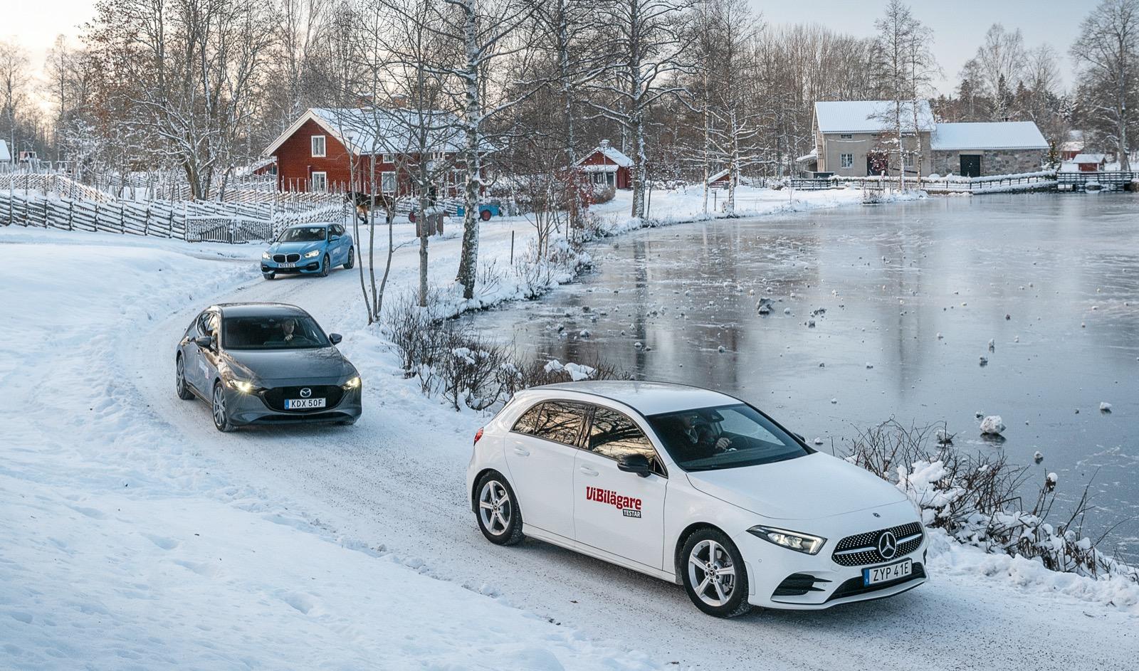 Våra testbilar lämnar Högbo i den ordning de placerar sig: Mercedes, Mazda och BMW.