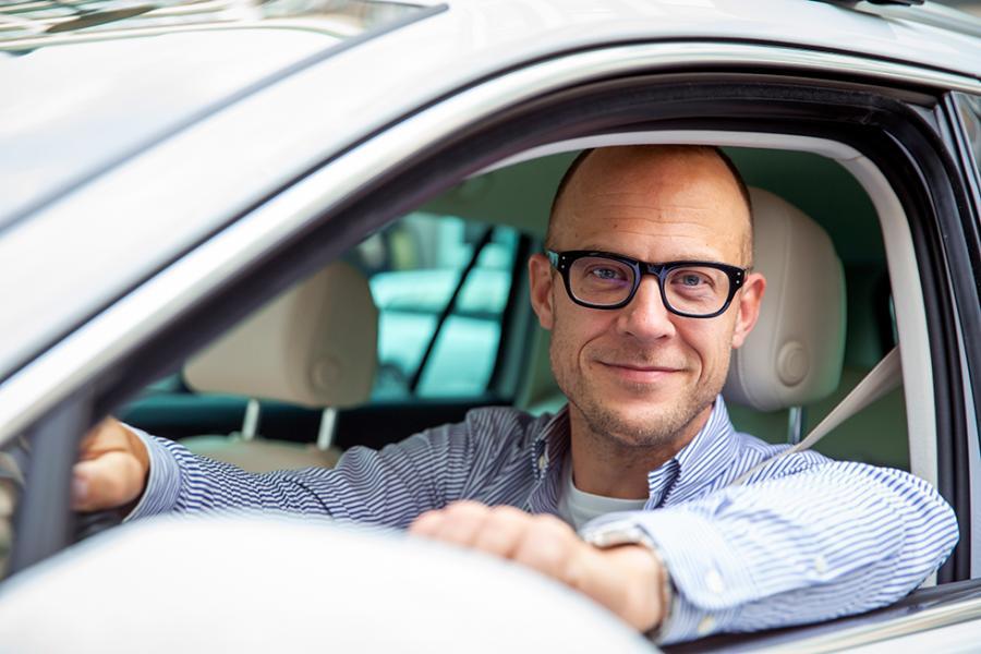 Niklas Carle är publisher på OK-förlaget.