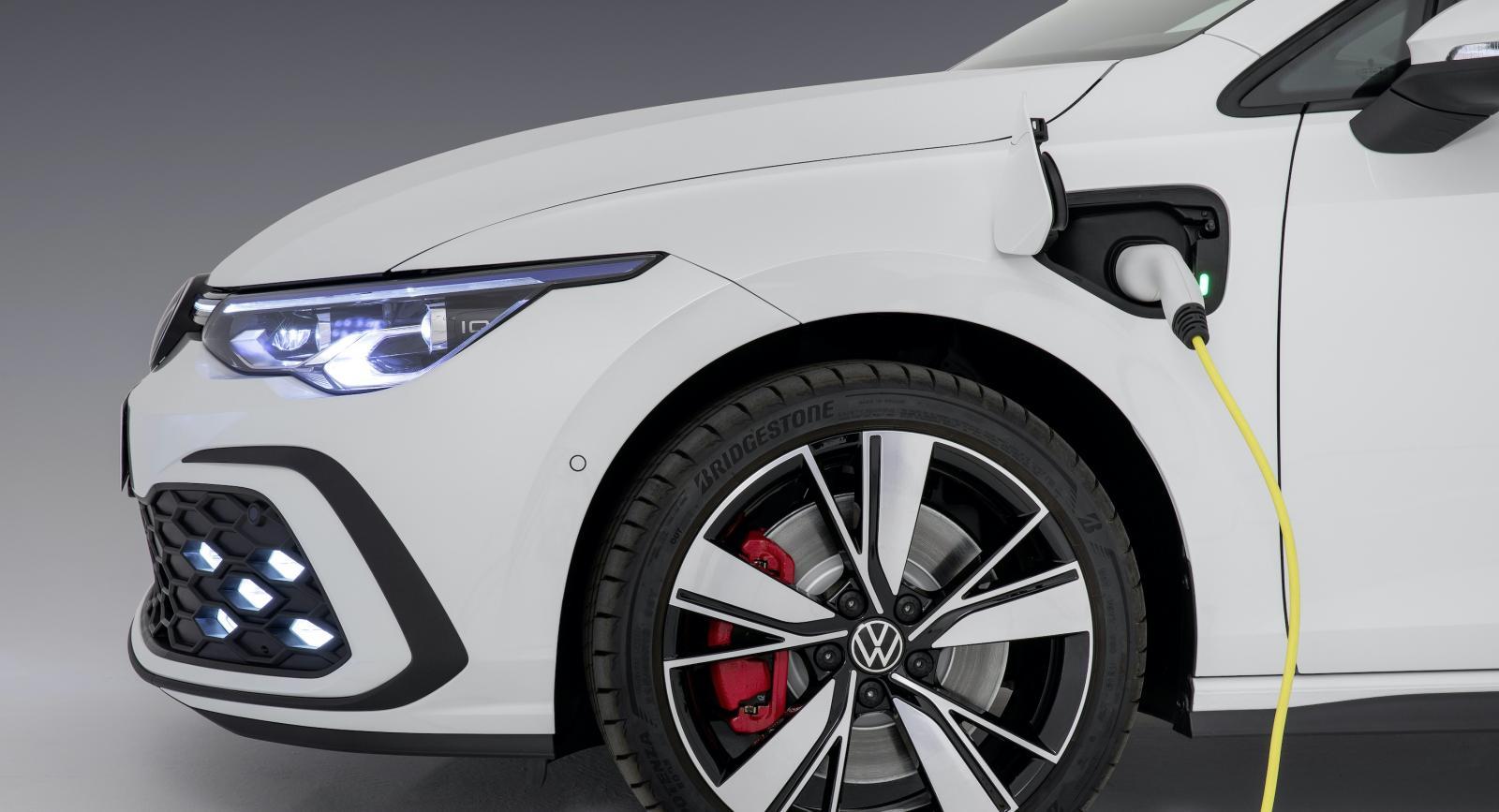 Volkswagen Golf GTE, GTI och GTD officiella – här är alla detaljer