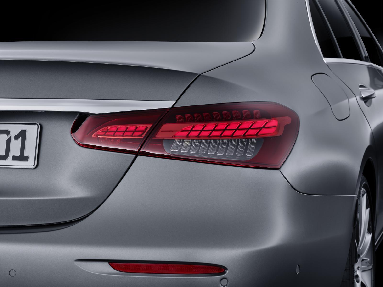 Officiell: Mercedes E-klass uppdateras med nya laddhybrider