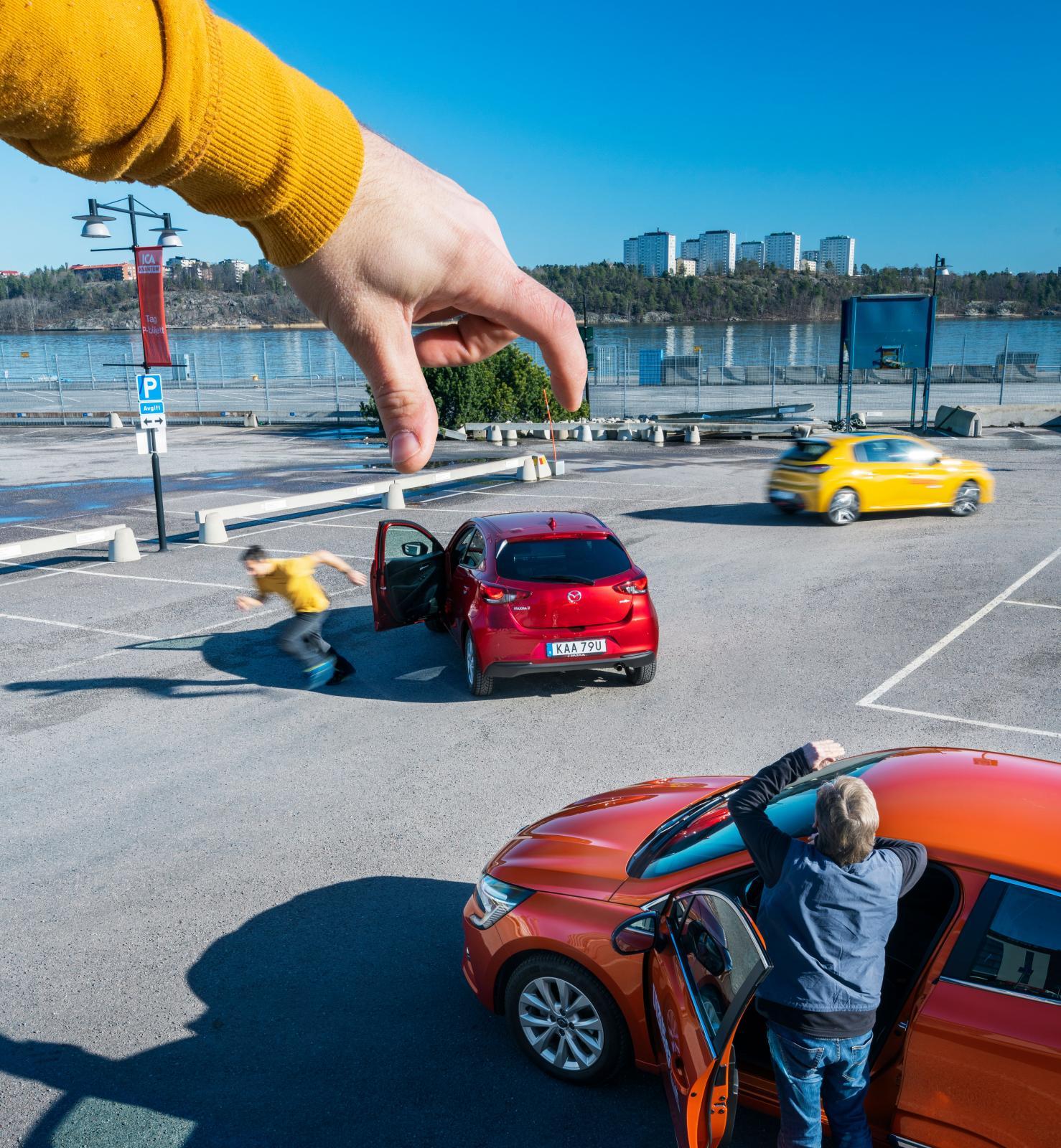 Clio och 208 med tre cylindrar och turbo eller Mazda med fyra och utan? Vilken smakar bäst?