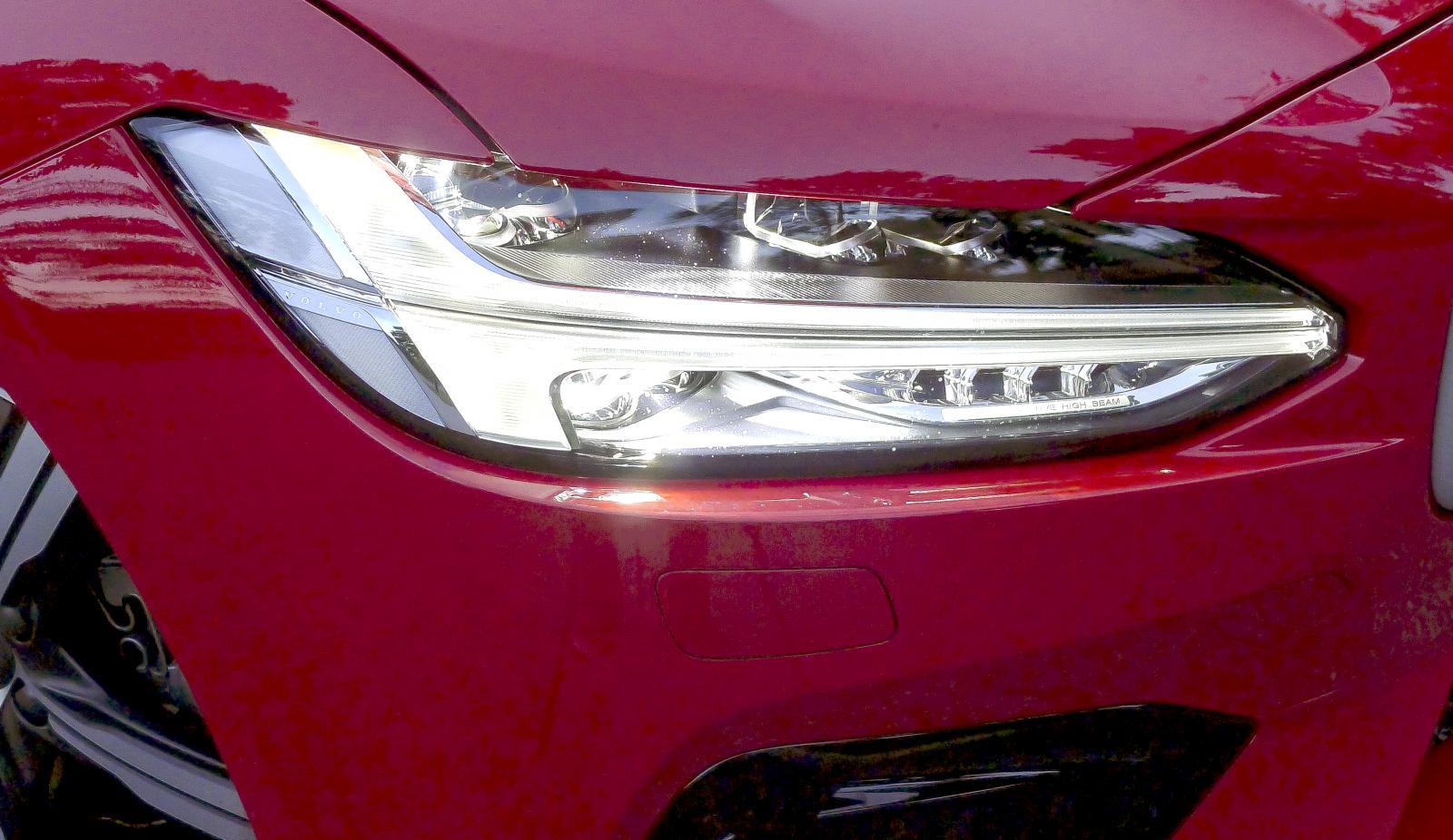 Volvo har inte bästa halvljuset enligt våra tester.