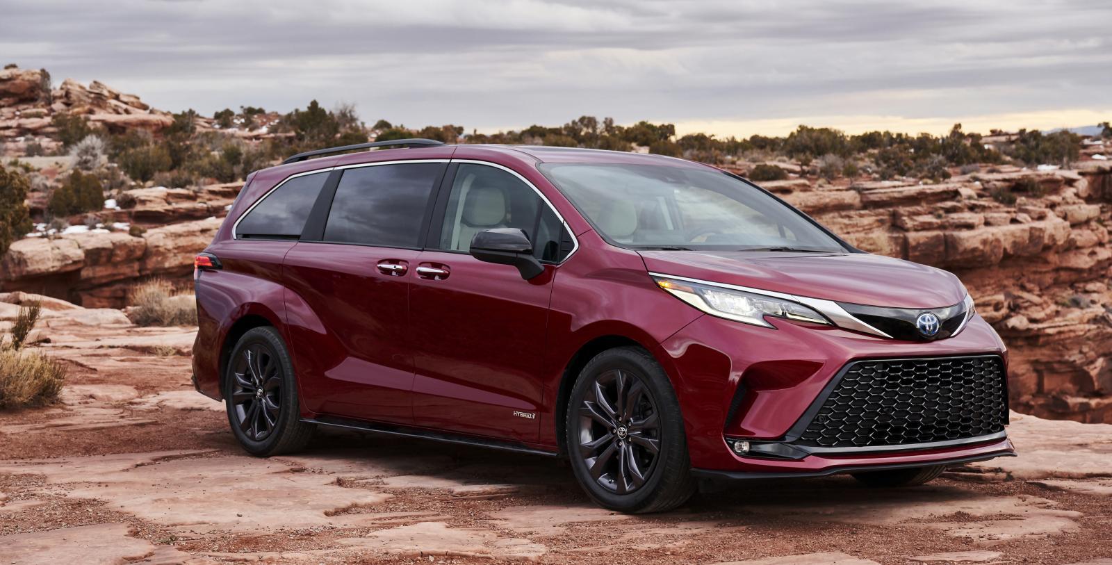 Toyota Venza och Sienna – två hybridnyheter som svenska köpare snuvas på