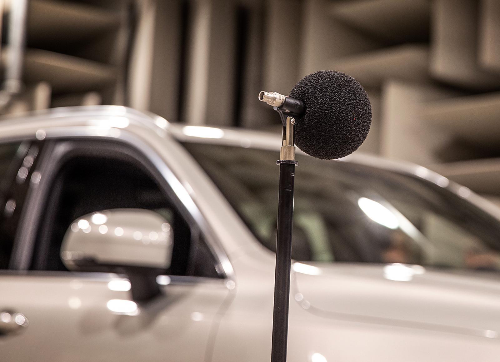 En XC90 laddhybrid är testobjetet för de nya ljuden.