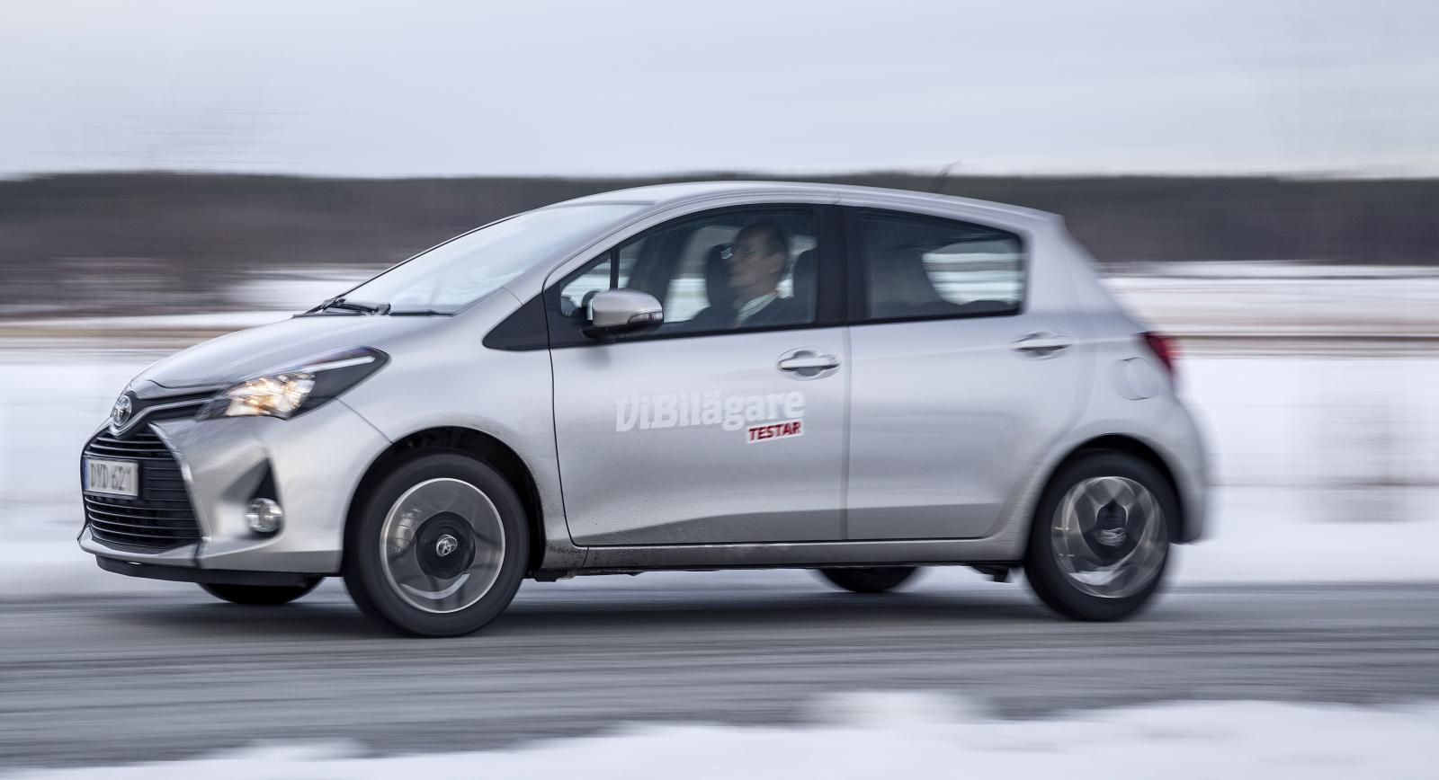 Toyota Yaris ligger på en stabil andraplats i småbilsklassen oavsett årsmodell.