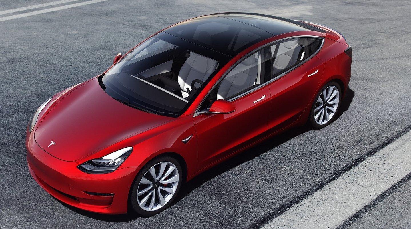 Många Teslaägare rapporterar att de haft någon form av problem med sin bil under de första 90 dagarna.