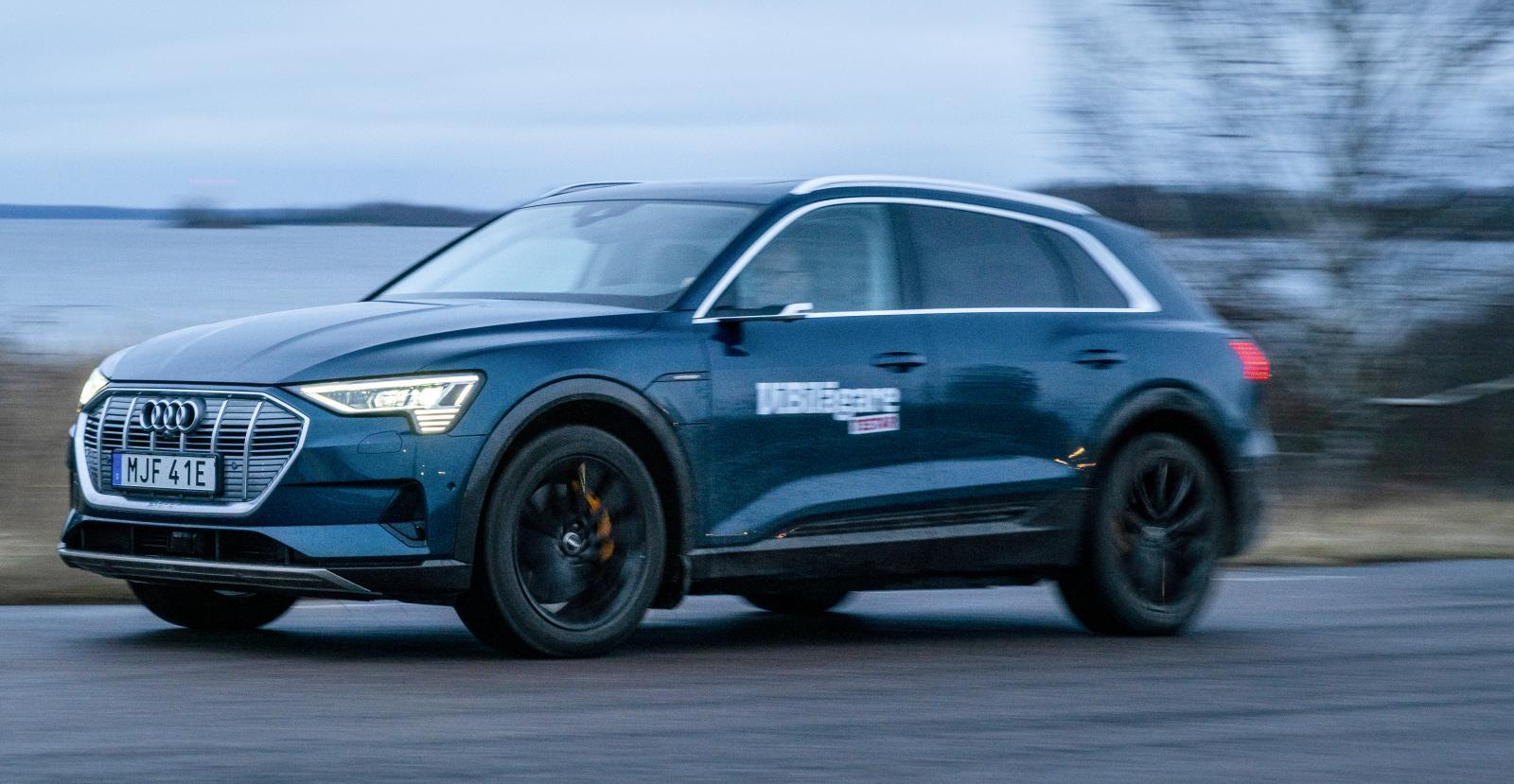Elbilen Audi E-tron visar imponerande siffror: den har gått från dryga 80 till över 1 200 registrerade bilar – en ökning med 280 procent.