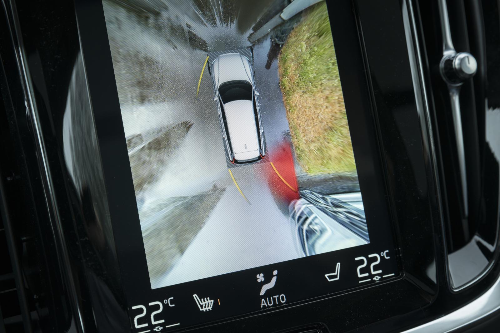 Backkamera och 360-graderskamera är några av finesserna som uppskattas mest av ägarna.