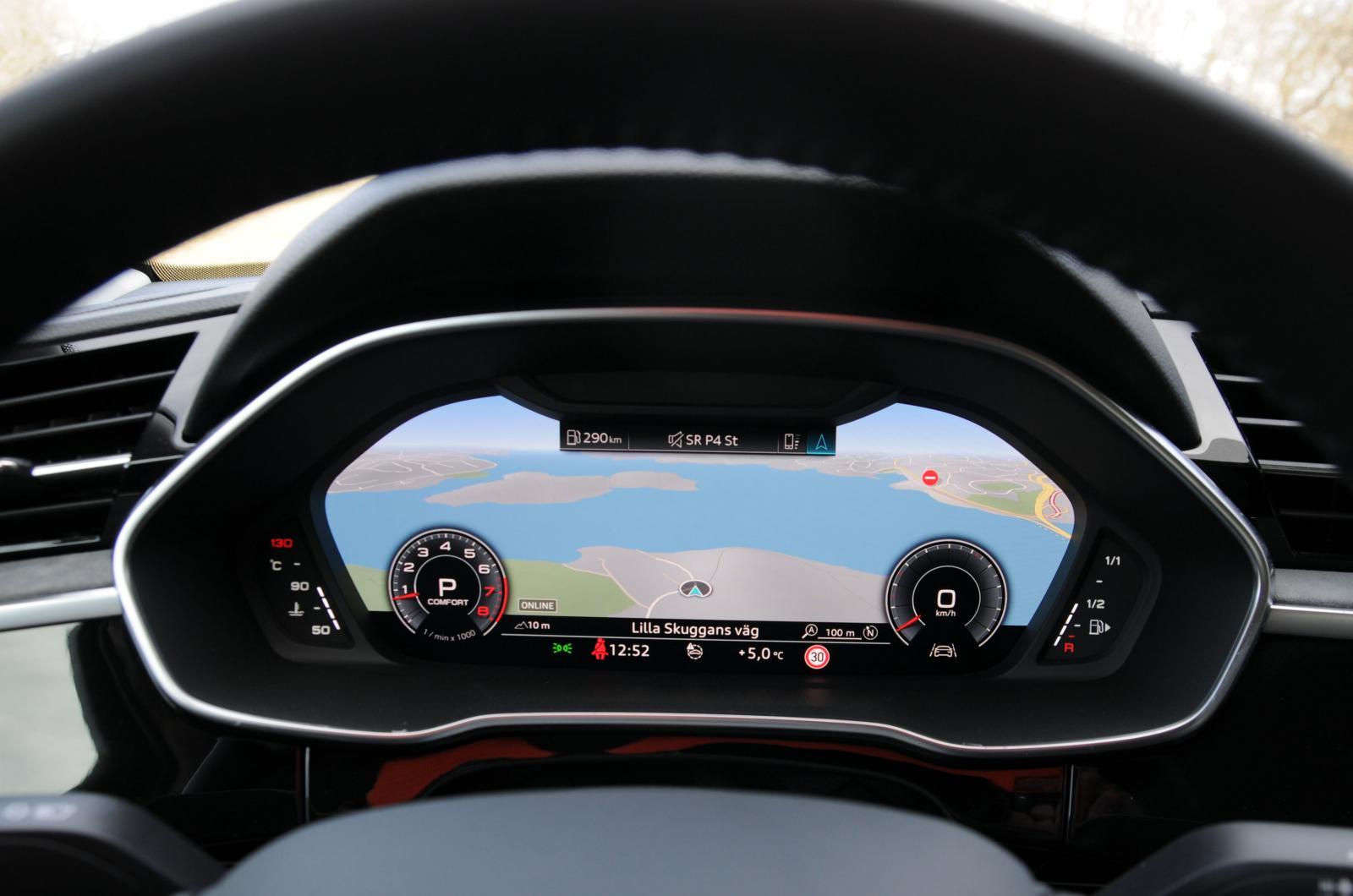 Audi virtual cockpit plus har tre valbara layouter på tolvtumsskärmen.
