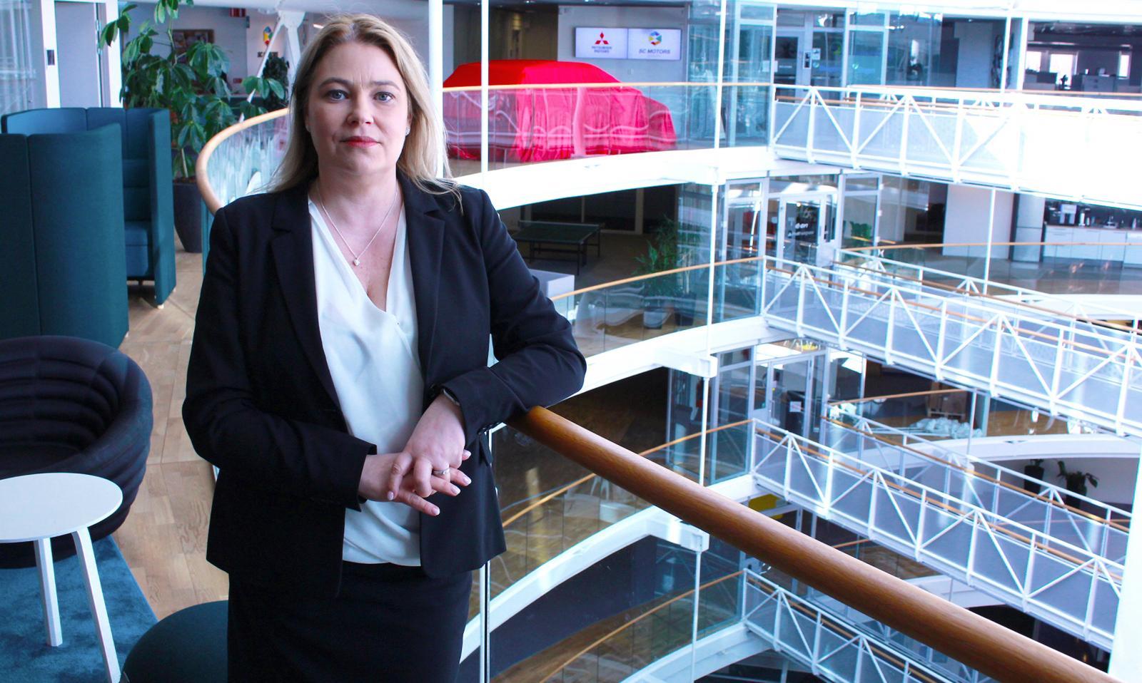 Mitsubishi Motors vd Anna Ulfvin inväntar besked om märkets framtid.