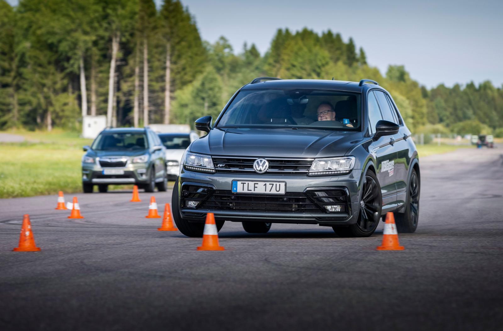 VW känns tung men trygg, klarar 73 km/tim som mest.