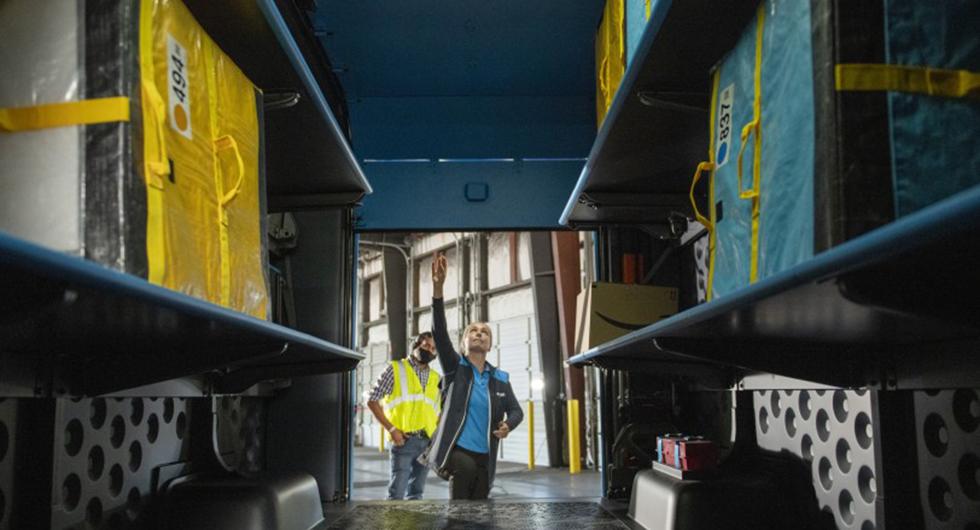 Rivian bygger eldriven budbil åt Amazon