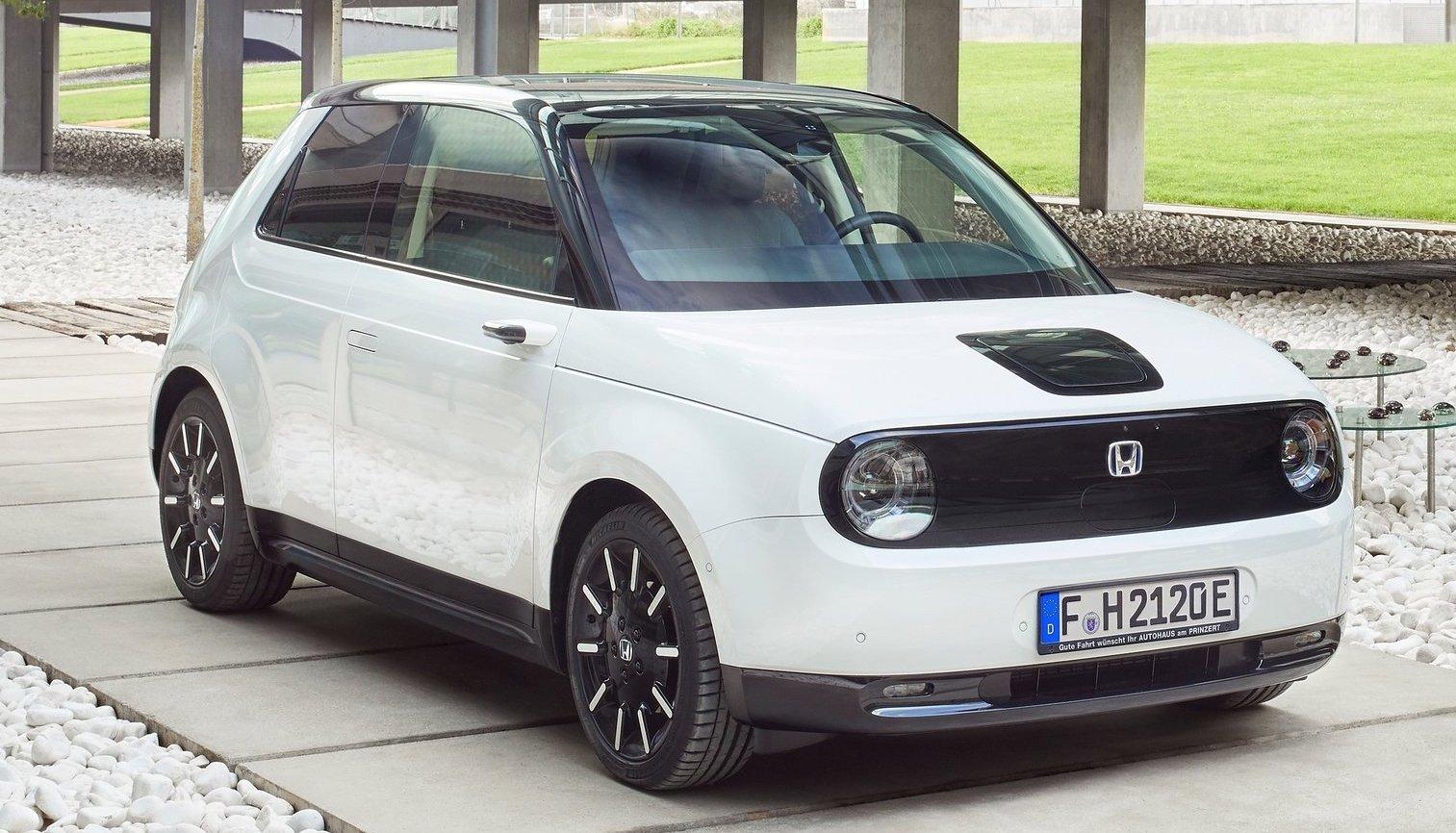 Elbilen Honda e är extremt viktig för att märket ska sänka koldioxidutsläppen.