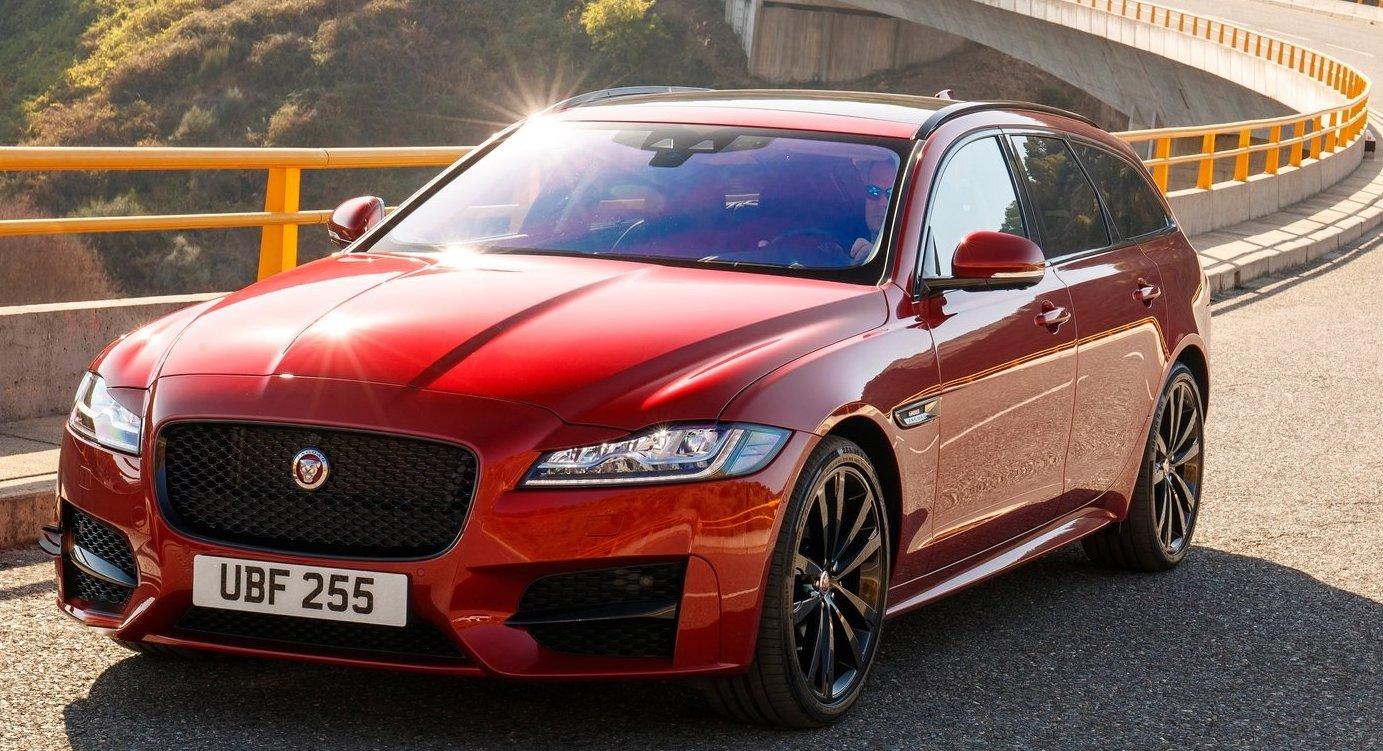 Det har helt enkelt inte funnits bilar att sälja, säger Jaguars Sverigechef om varför försäljningen backar.