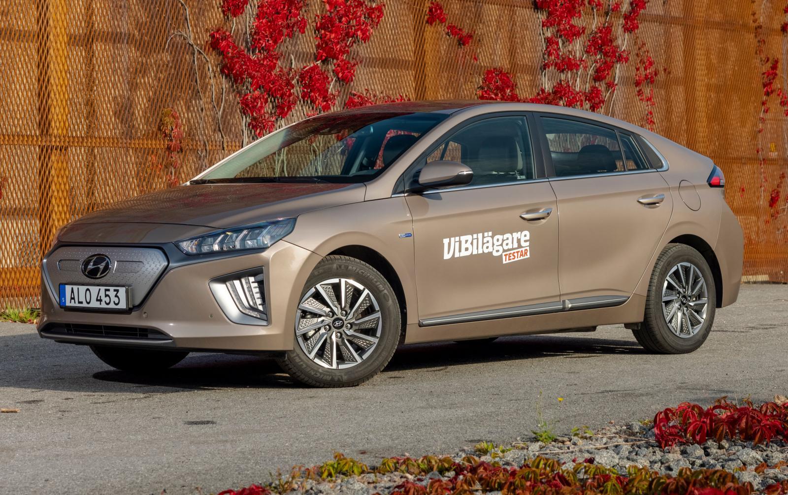 Hyundai Ioniq Premium Plus.