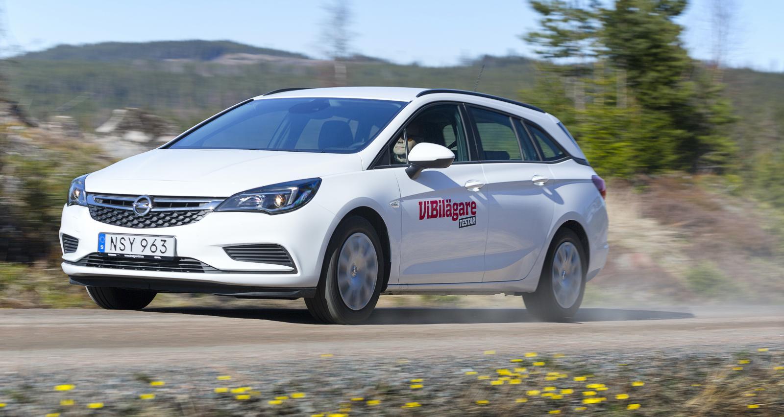 Opels svenska försäljning går trögt. För att få köparna att slå till på en Astra eller Corsa lockar handlarna nu med rejäla rabatter.