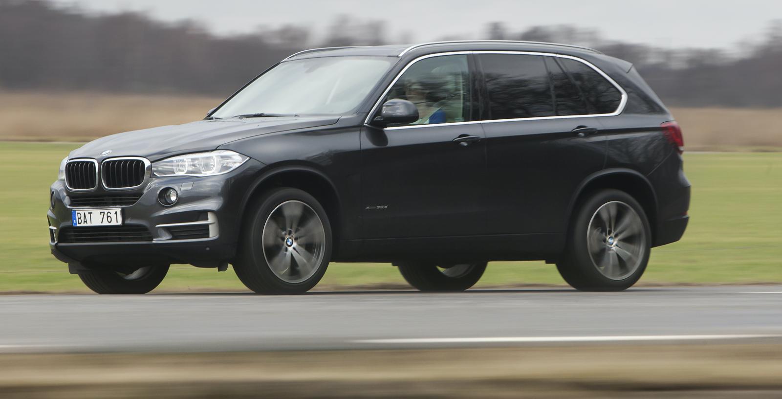 En bilhandlare kan få hela 21 000 kronor mer betalt för en BMW X5 som rullat 4 000 mil istället för 8 000.