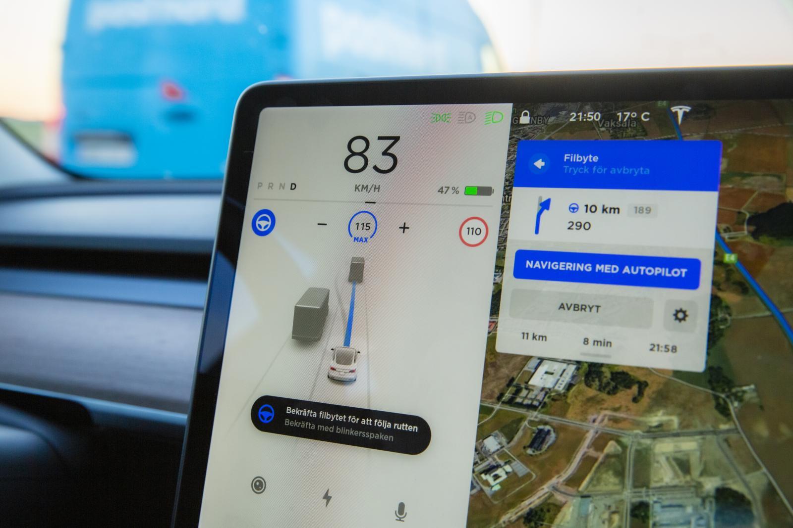 """Teslas Autopilot gör ofta så kallade """"spökinbromsningar"""" för hinder som inte finns."""