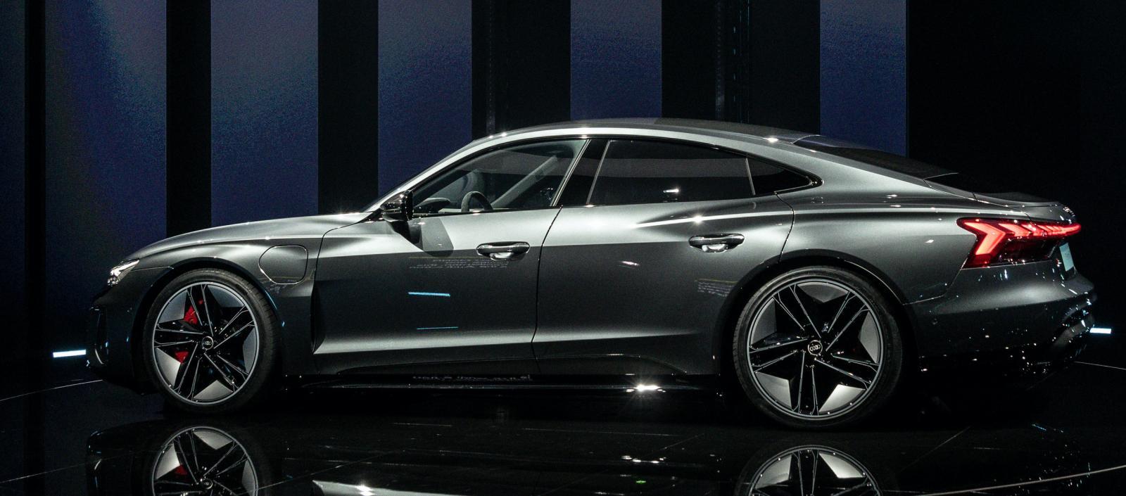 Produktionen av Audi e-tron GT ska ske koldioxidneutralt i Böllinger Höfe-fabriken.