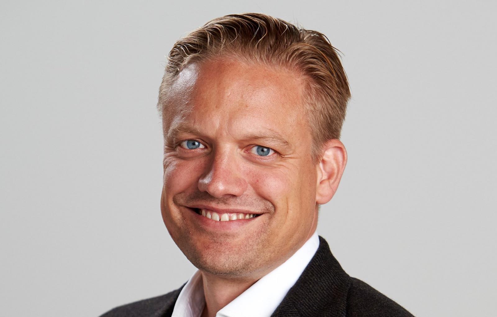 Att det ska bli enklare med snabbladdning längs vägen ligger högt upp på prioriteringslistan för Volvos utvecklingschef Henrik Green.