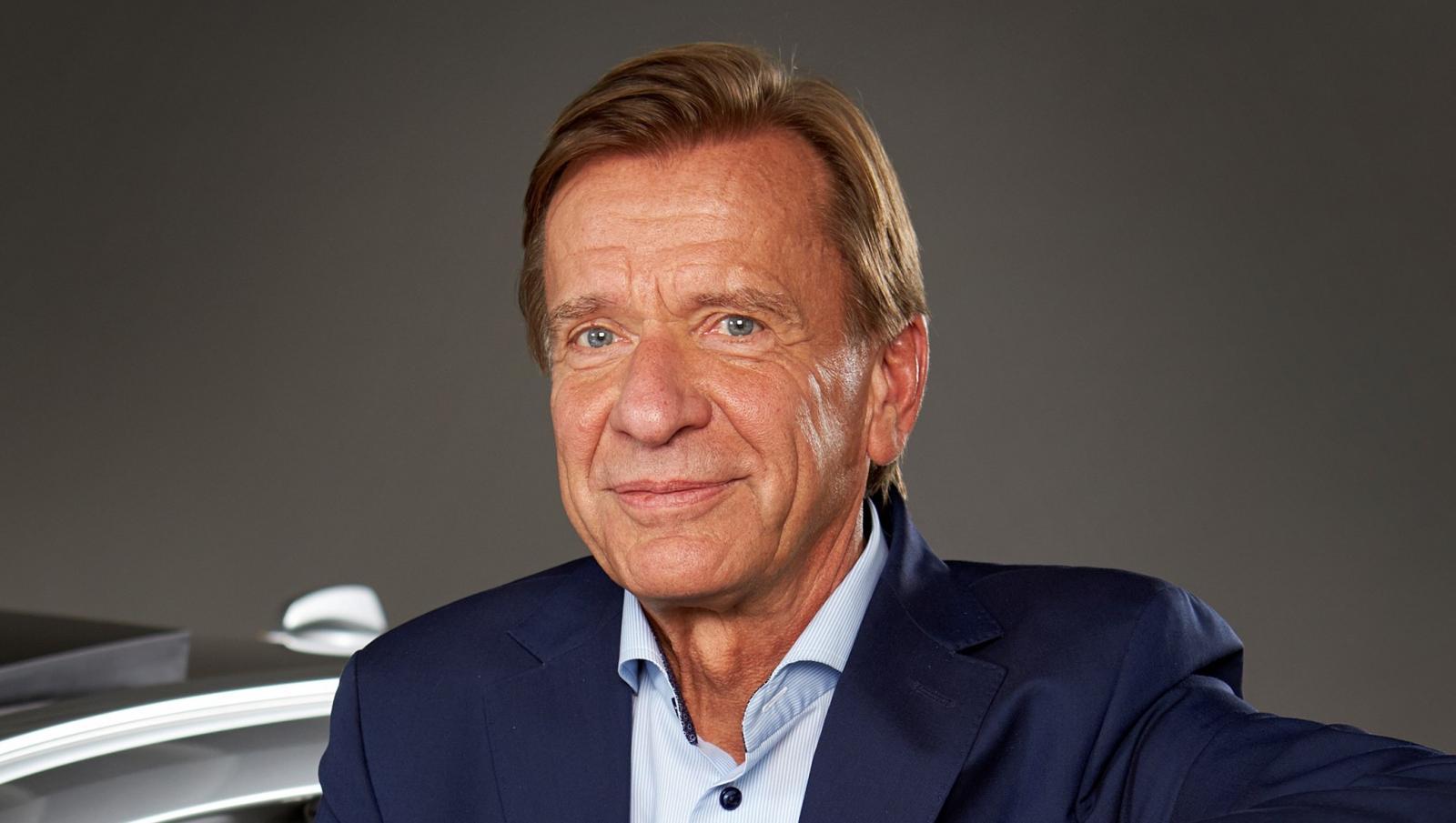 """""""Istället för att investera i en krympande verksamhet valde vi att investera i framtiden – elektriskt och online"""", säger Volvo Cars-chefen Håkan Samuelsson."""