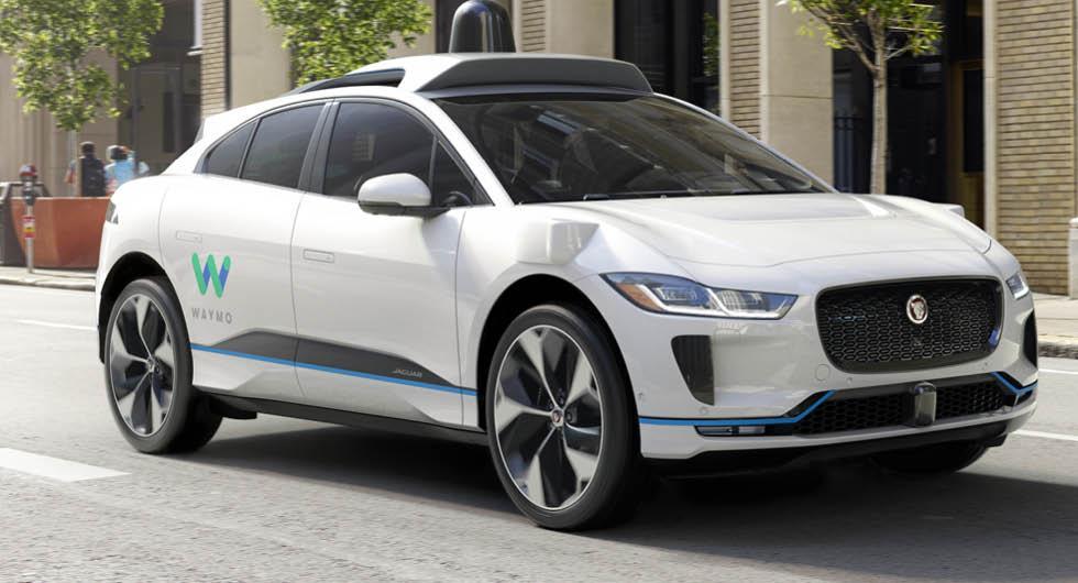 Waymos självkörande bilar är tillåtna på vissa utvalda sträckor i USA. Nu vill Storbritannien öppna upp för viss autonom teknik på allmän väg.