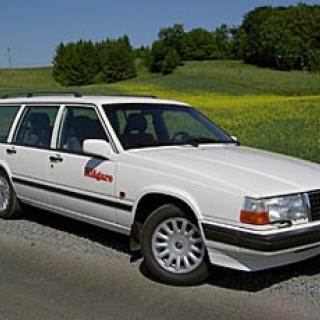 Grattis! Nu fyller Volvos bakhjulsdrivna modell 30 år