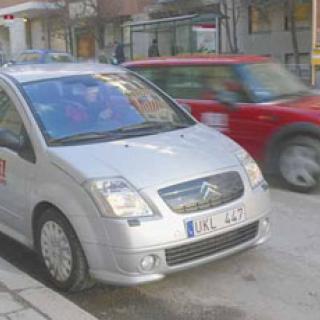 Biltest: Citroën C2, Mini One