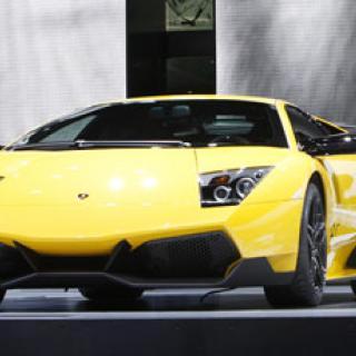 Bilsalongen i Genève - kylslaget, dämpat och fokus på koldioxid