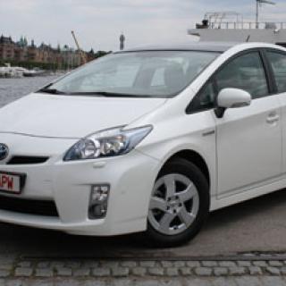 Större Toyota Prius nästa år