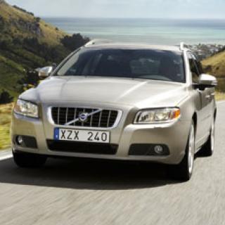 Volvo återkallar 8 500 bilar