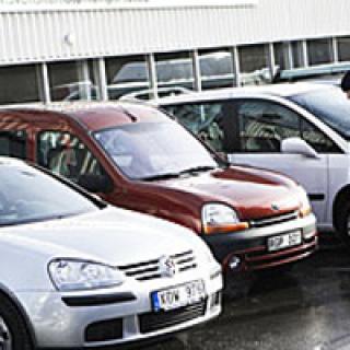 """Begmarknaden: """"Bilköparna dras till bilhandeln"""""""