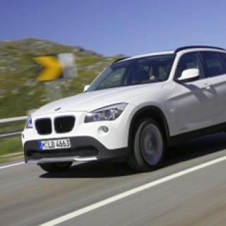 BMW satsar på kolfiber