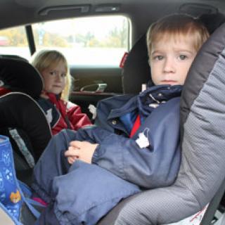 Så åker barnfamiljen säkrast i bilen