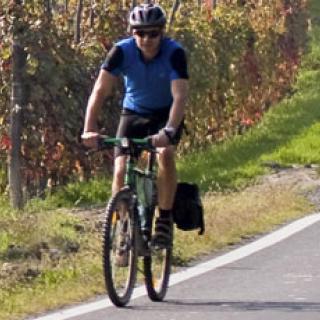 Därför sätts högerregeln ur spel på nya cykelgatorna