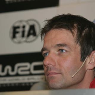 Loeb fortsätter köra rally-VM