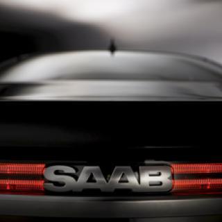 Antonov kör rally i Saab
