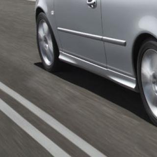 Bilfrågan: Vad är det för kladd på lyktglasen?