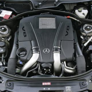 Mercedes SLS AMG GT3 - monsterversion av måsvingen