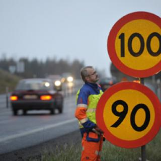 Vägverkets förslag: 1600 mil får sänkt hastighet