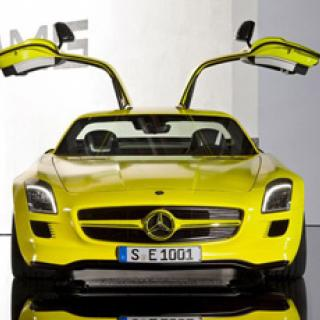 Mercedes C 63 AMG Performance Package Plus