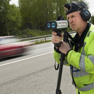 Staten tjänar storkovan på fartsyndare