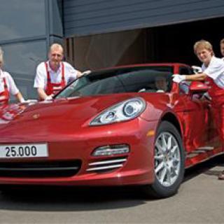GENÈVE: Porsche 918 Spyder