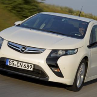 Världspremiär för Opel GTC Paris - i Paris