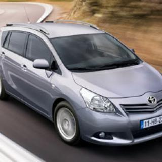 Toyota förlänger utvecklingstid