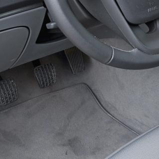 Bilfrågan: Varför olika regler för dimljus?