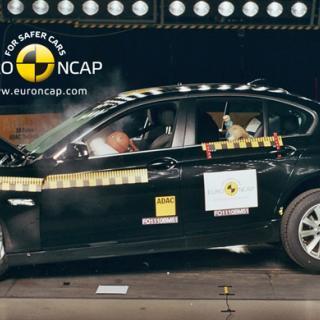 Euro NCAP: Fem stjärnor till elbil