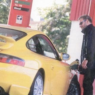 Nytt prisrekord för bensin